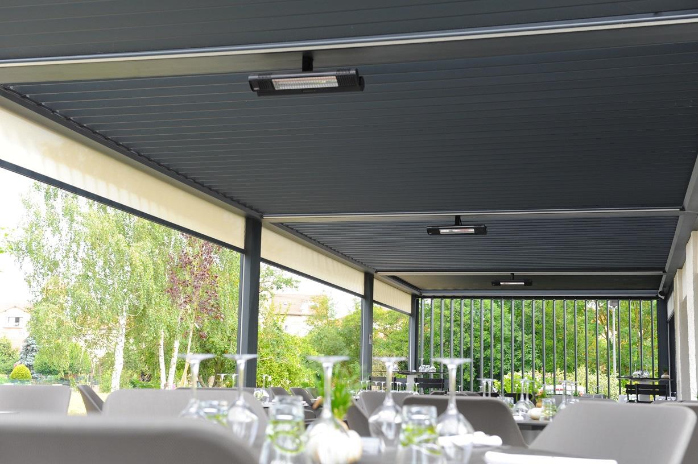 Pose pergola bioclimatique Restaurant - Pergasol - Lyon
